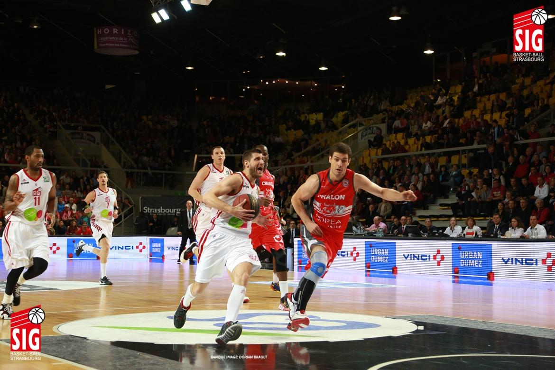 SIG-Chalon-Playoffs12059