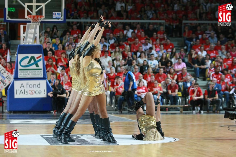 SIG-Limoges2-Playoffs-020614-17