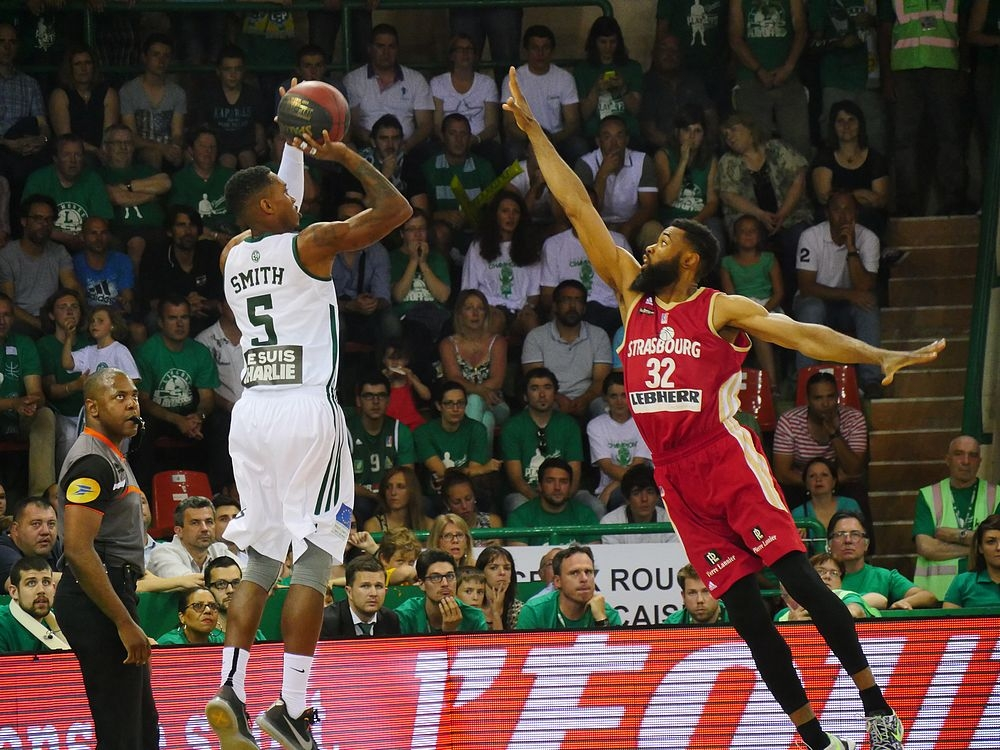 Limoges SIG_finale 4 playoffs 2015_Tony Dobbins et Jamar Smith