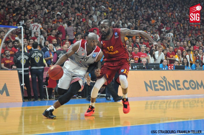 Galatasaray_SIG_Louis Campbell2