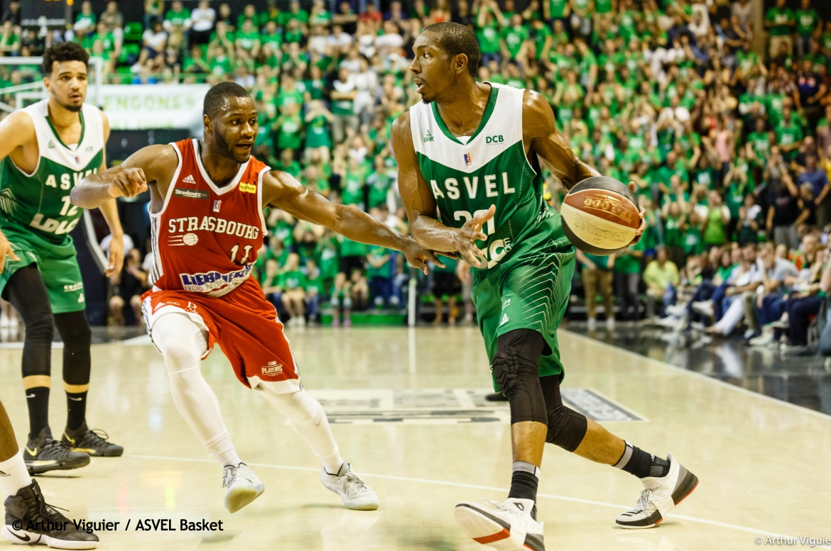 asvel_sig_erving_walker2.jpg